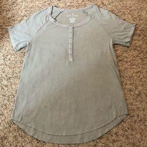 [American Eagle] T-shirt